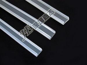 供应广东深圳LED高透明硅胶反水套管,LED柔性灯条防水套管图片