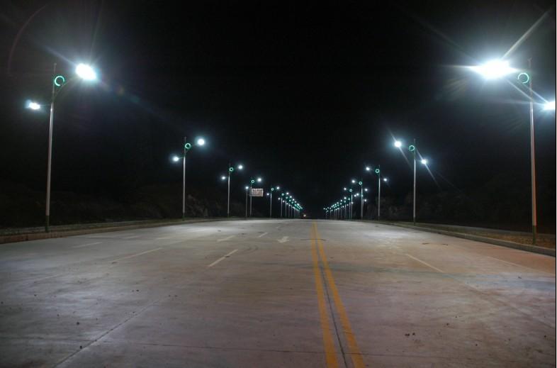 道路工程专用路灯市电图片
