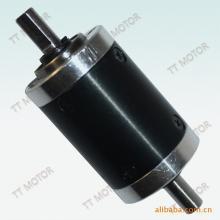 供应用于设备生产的双输出轴减速箱/增速箱,