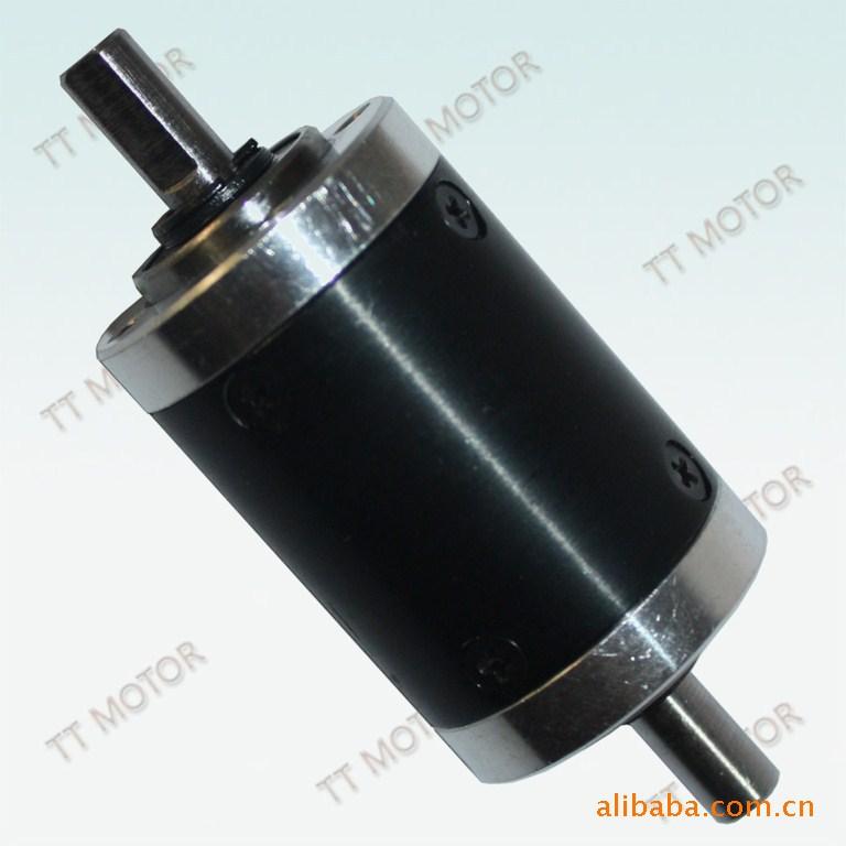 供应用于设备生产的双输出轴减速箱/增速箱,图片