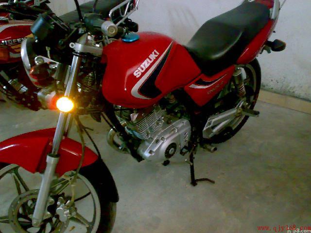 供应摩托车跑车铃木en125特价出售