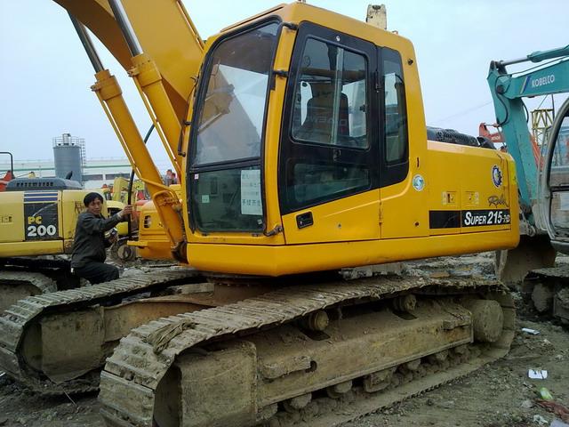 供应二手挖掘机现代215-7c