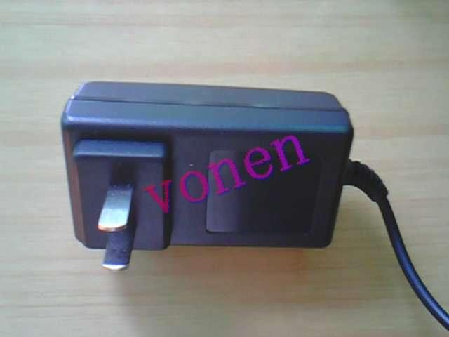 供应四串铁锂电池组充电器12.8V