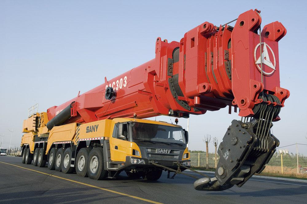 500吨1000吨加重型汽车吊车