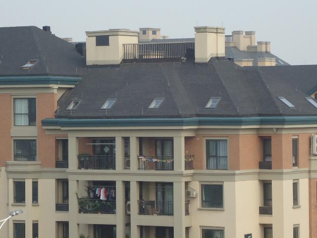 别墅斜面屋顶施工图片
