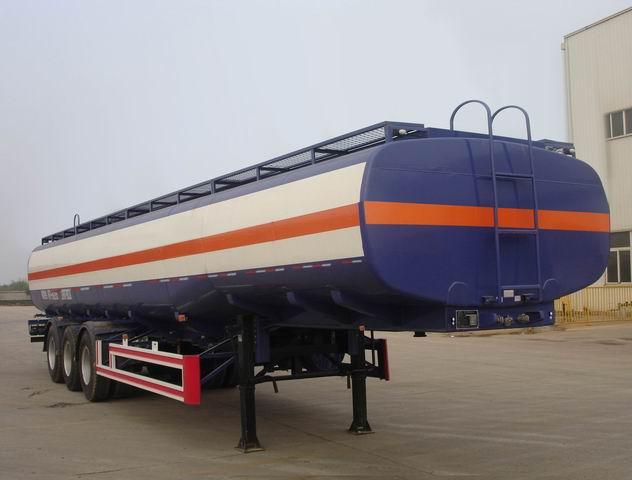 供应2011款化工液体运输半挂车/低平板半挂车图片