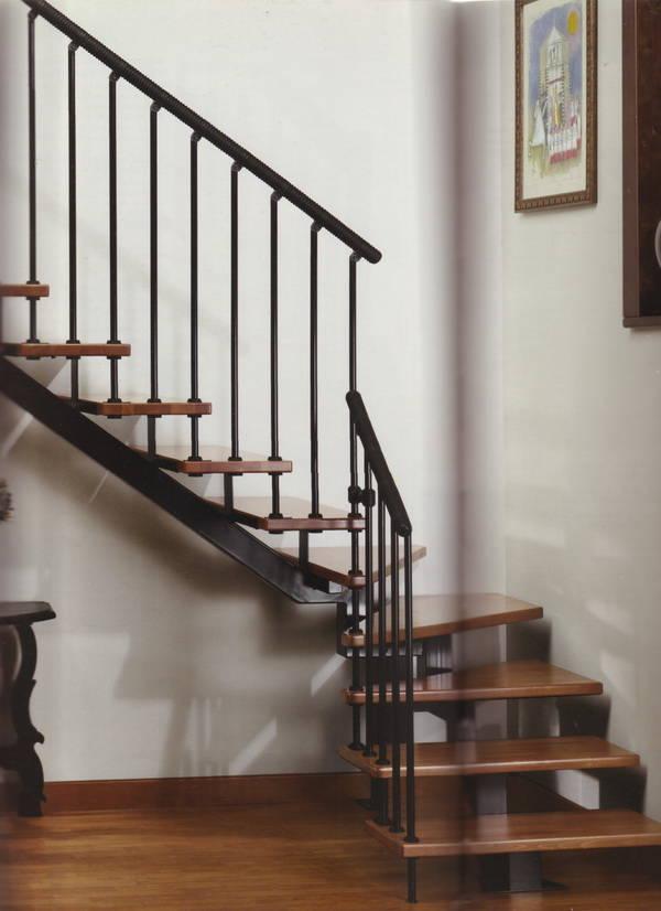 杭州临平楼梯扶手玻璃木头拉丝楼梯厂楼梯设计安装