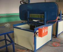 全自动玻璃钢管道切割机,黎明切割加工设备