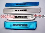 现代IX35迎宾踏板LED灯图片