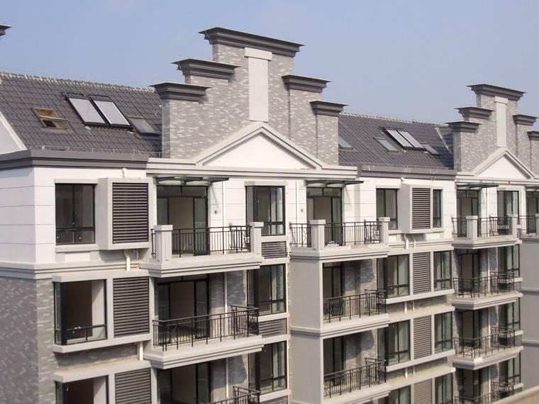 供应防水威卢克斯斜屋顶窗