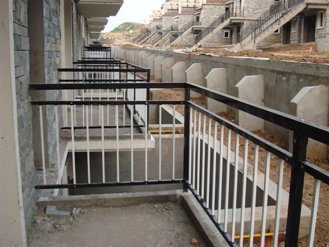 供应锌钢护栏配件价格锌钢护栏配件报价图片