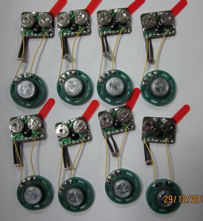 供应光控音乐机芯声控闪灯机芯音乐ic