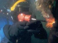 供应桥桩水下拆除作业水下切割