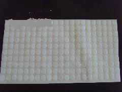 供应乳白色橡胶脚垫