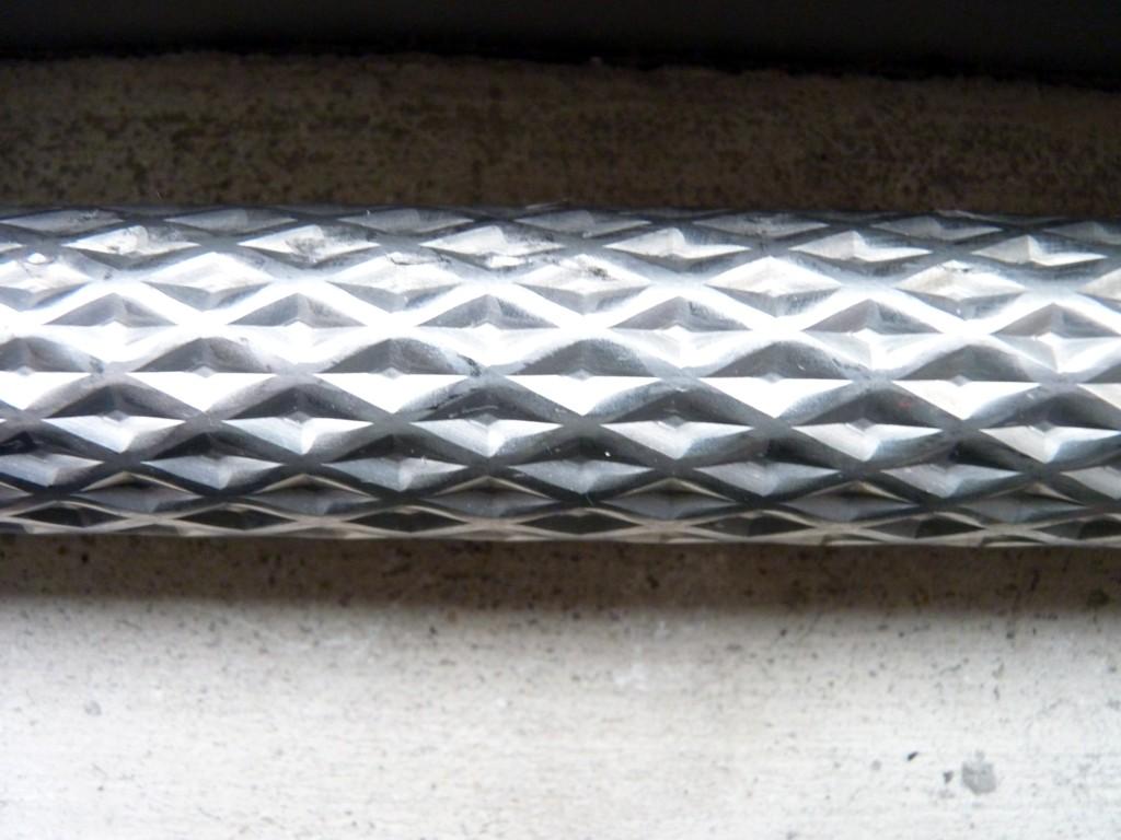 供应不锈钢花纹钢管