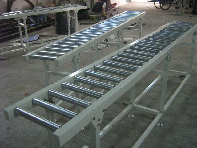 供应深圳宝安动力滚筒输送线工装板滚筒输送流水线深圳动力滚筒输送线