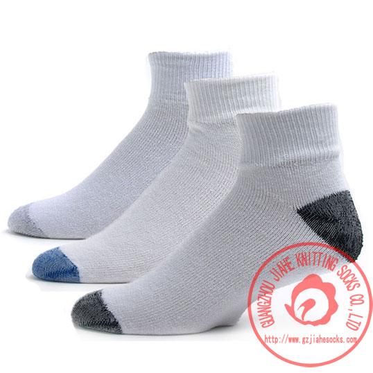 广州袜厂运动袜批发 运动袜加工 运动袜订做 定做 定制批发