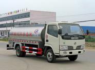 鲜奶运输罐式车图片