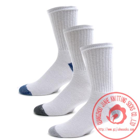 广州袜厂加工批发中筒运动袜 运动中筒袜 纯棉 透气 吸汗图片