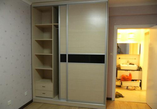 订做家具-飞宇整体衣柜生产推拉门