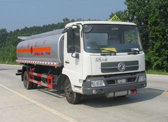 供应东风油罐车俊龙生产最给力介绍一个很好的特种车生产厂家王强批发